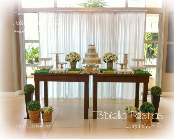 Decora o casamento rustico 2 mesas cortina mdf flores bolo iniciais festa londrina atelier - Cortinas salon rustico ...